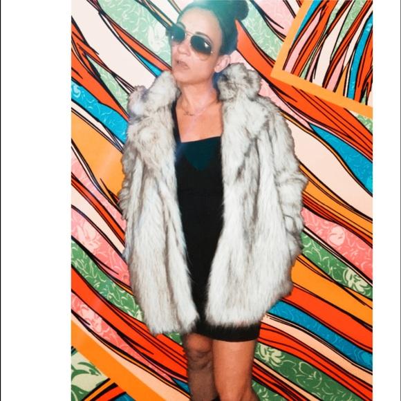 White & Black Dramatic Cozy Collar Faux Fur Coat